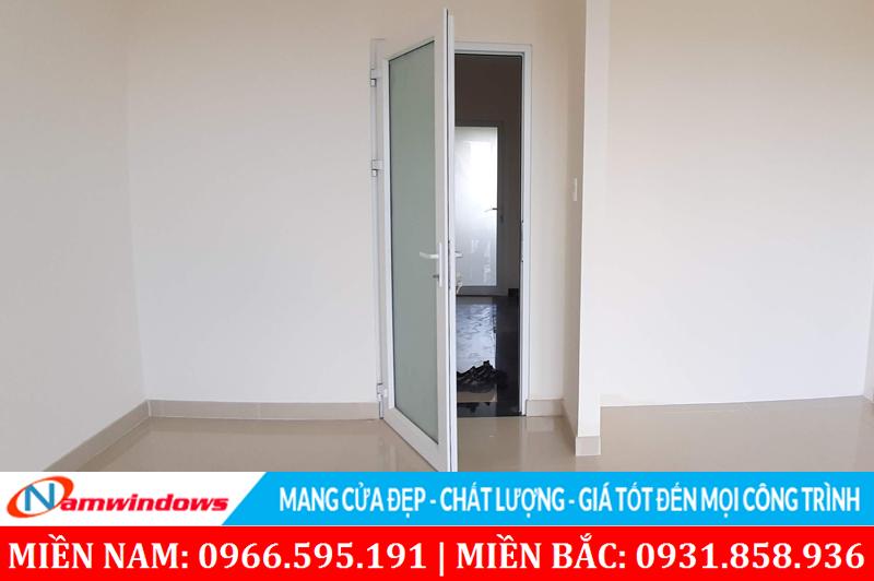 Hình ảnh bộ cửa đi 1 cánh thi công cho công trình tại Hà Nội