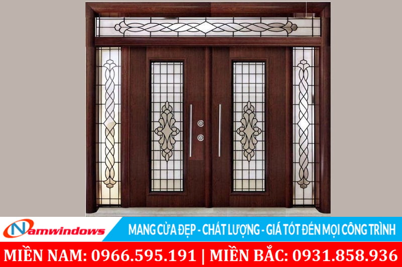 Cửa kính khung gỗ mang đến cho căn nhà một nét đẹp hiện đại tân cổ điển