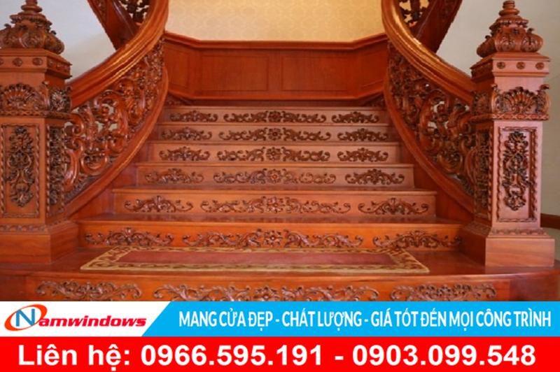 Cầu thang gỗ đẹp cho Biệt Thự