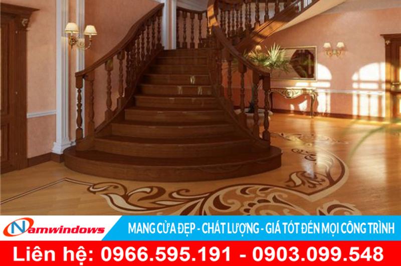 Cầu thang gỗ cho căn hộ cao cấp, hay tiền sảnh