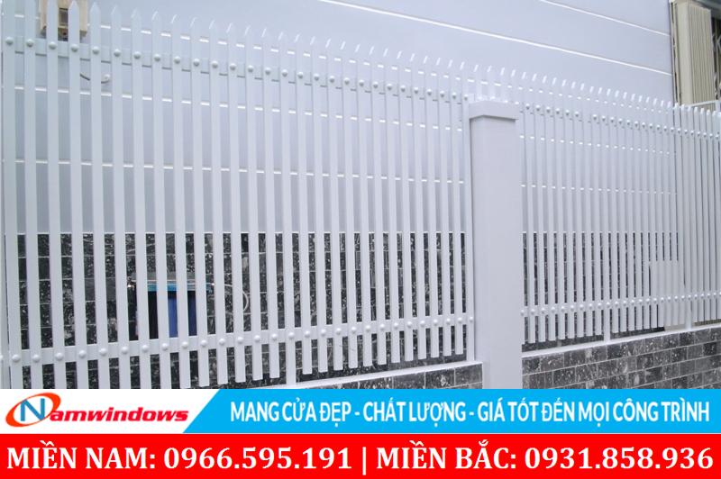 Mẫu hàng rào thanh dọc dùng hộp 20x40