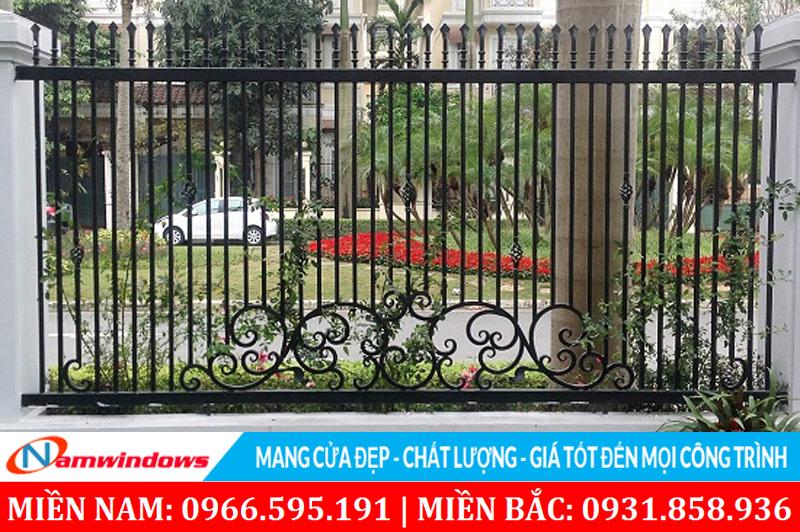 Mẫu hàng rào song đơn giản kết hợp mỹ nghệ