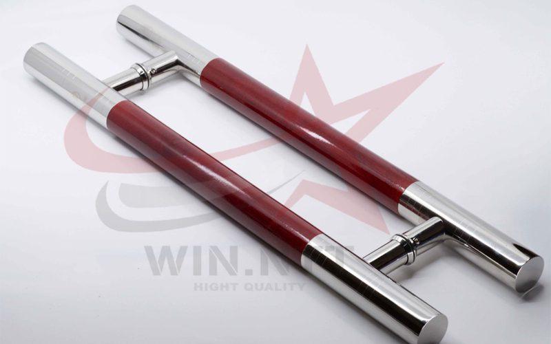 Tay nắm Inox +gỗ tự nhiên sơn đỏ