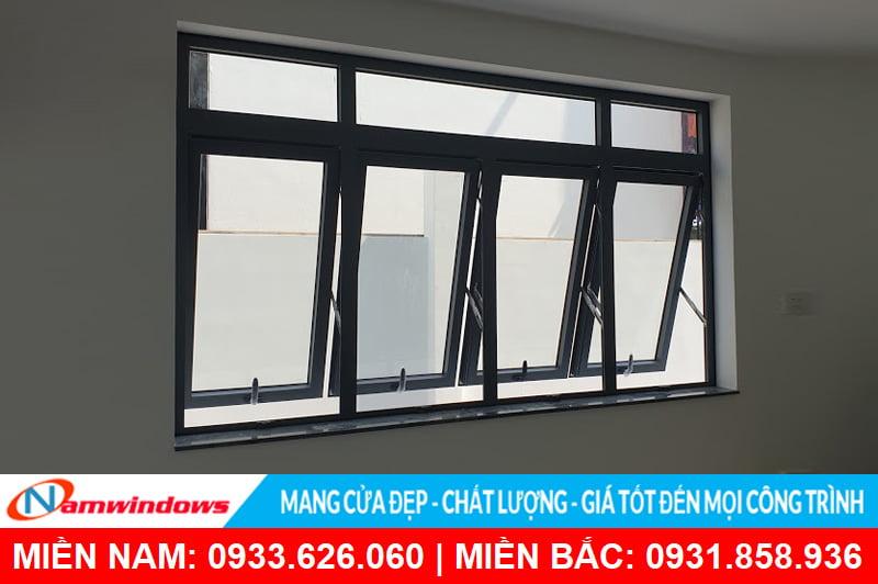 Cửa sổ 4 cánh nhôm kính mở hất