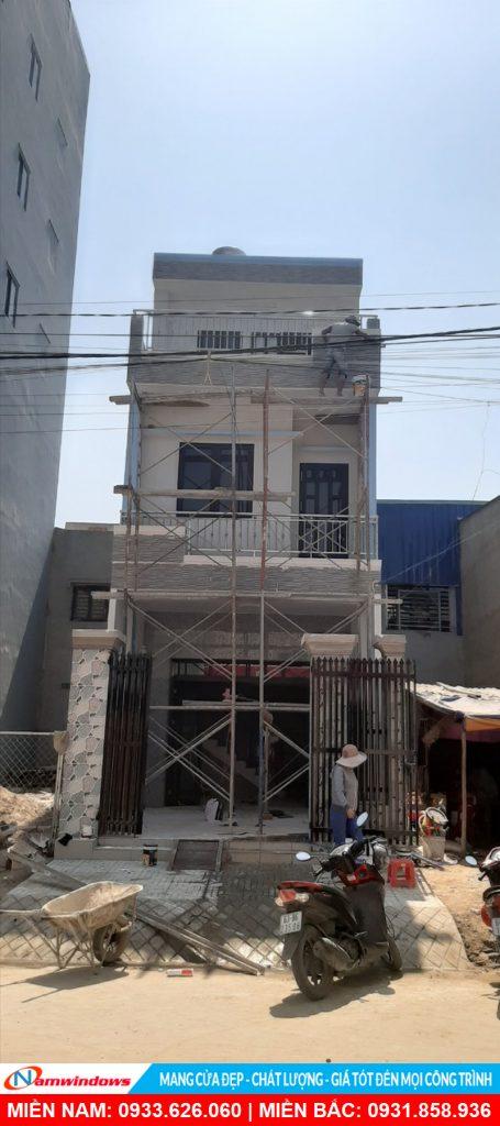 Cửa nhôm xingfa màu nâu cafe - A. Trí (Long An)
