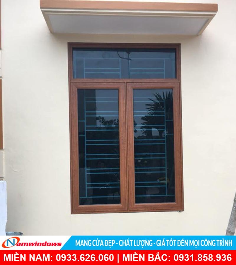 Cửa sổ lùa 2 cánh nhôm xingfa màu vân gỗ