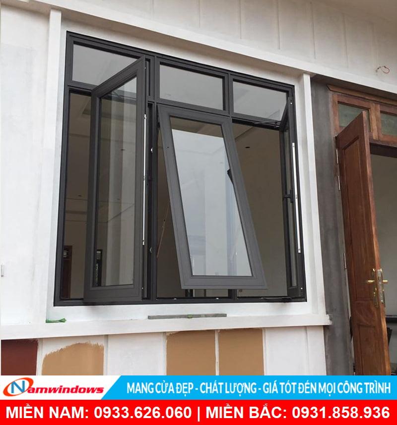 Mẫu cửa sổ 3 cánh mở quay và hất đẹp