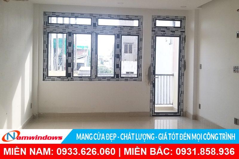 Cửa đi và cửa sổ ban công sử dụng nhôm cầu HMA