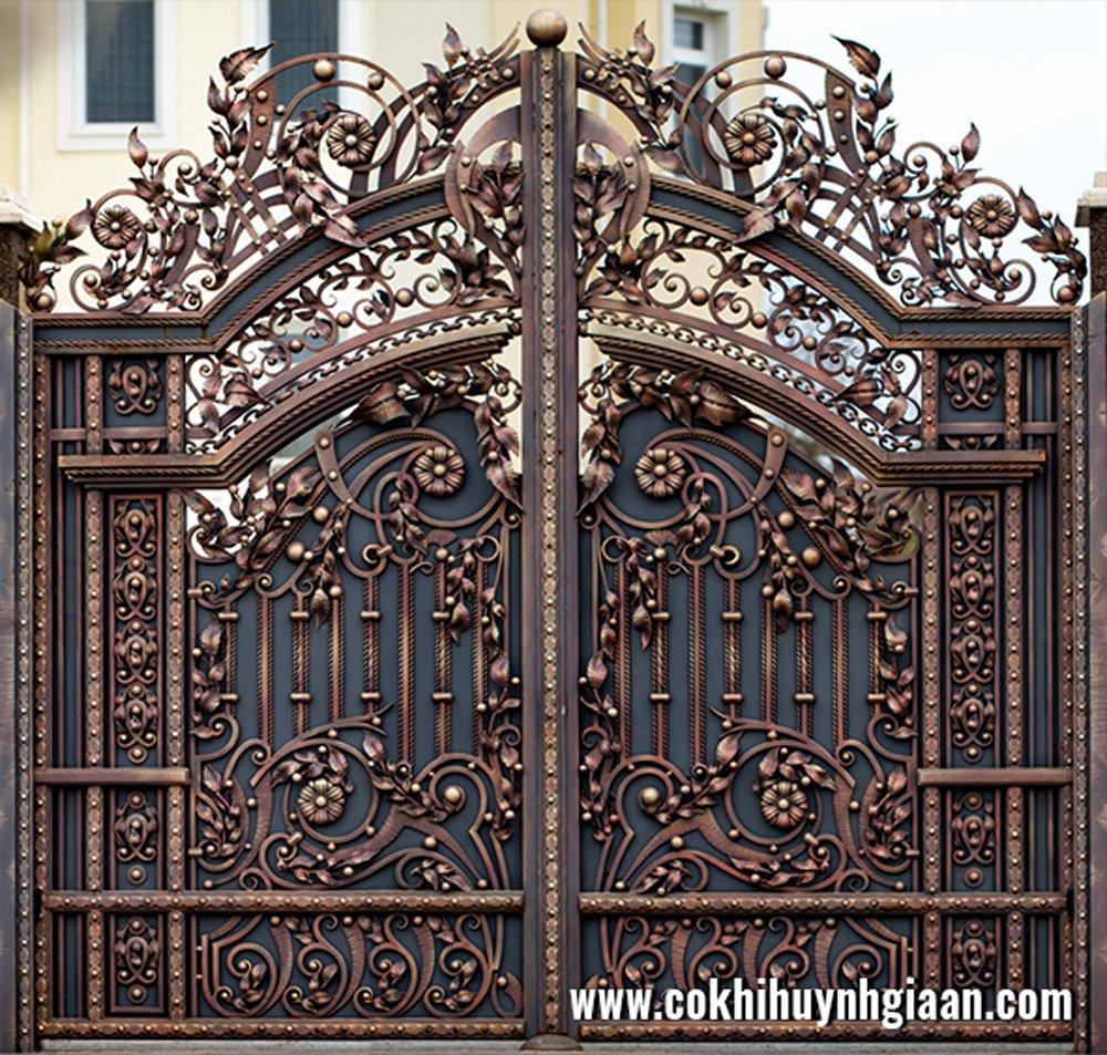 Khách hàng luôn hài lòng với chất lượng dịch vụ và những sản phẩm cửa sắt nghệ thuật đẳng cấp của Huỳnh Gia An